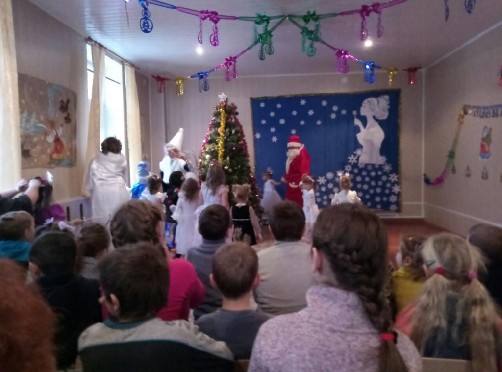 До вихованців Темирівського дитячого навчального закладу «Струмочок» завітали казкові персонажі