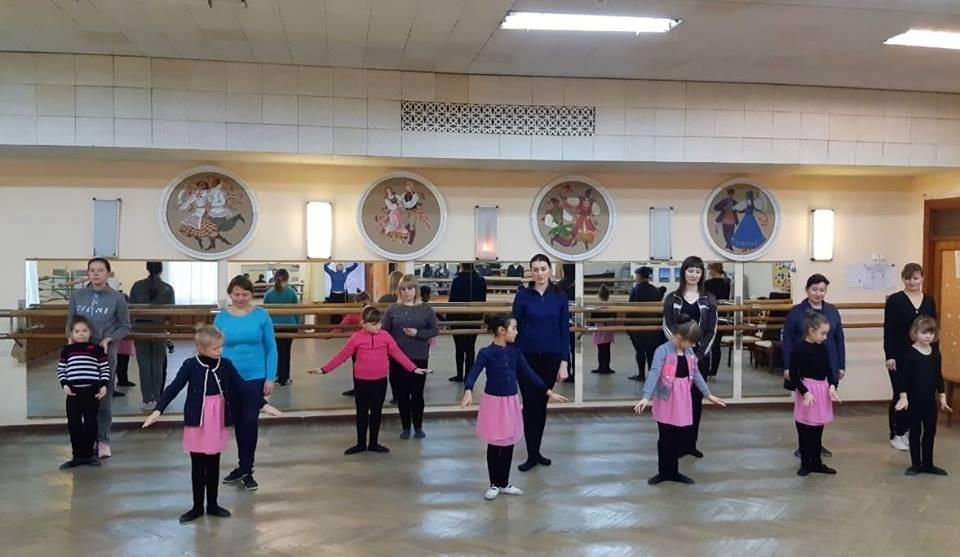 Танцюють батьки – танцюють діти!